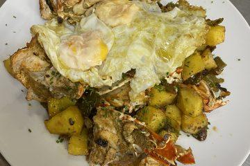 El Pintu Llaviana - Llangosta, pimientos, güevos y patates
